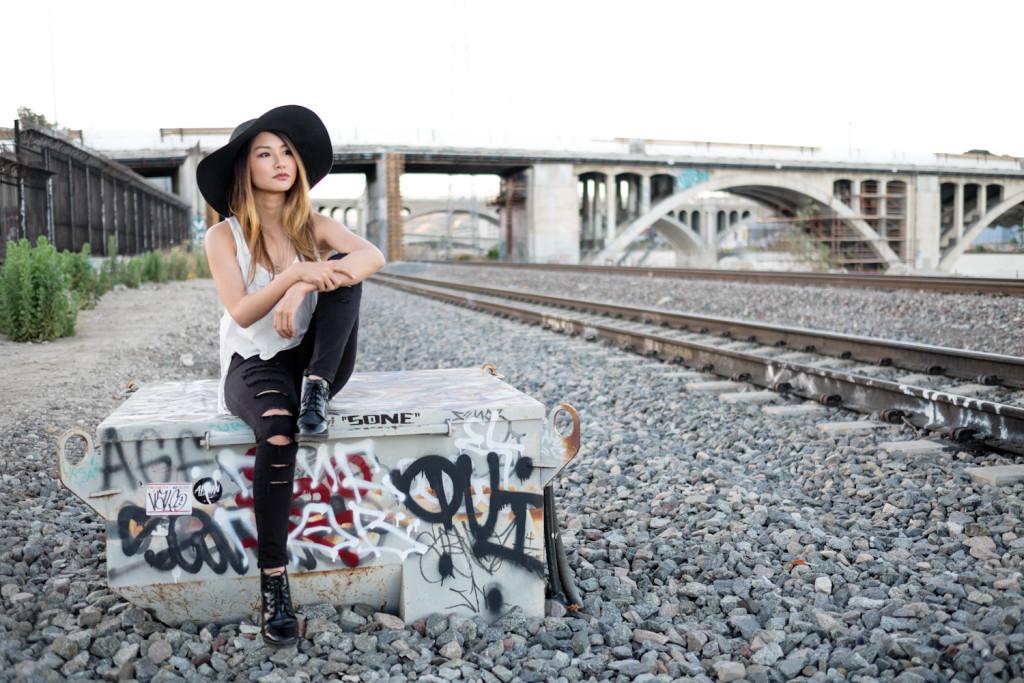 Along the Tracks | Atsuna Matsui