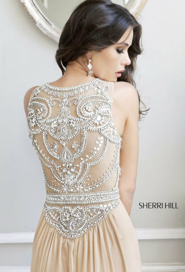 What to Look for When Buying A Prom Dress | Atsuna Matsui