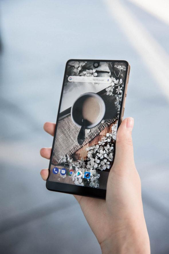 Essential Phone | Atsuna Matsui